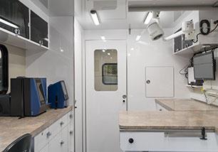 mobile vet clinic portland